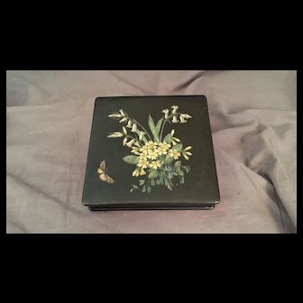 Lacquer Box with Flowers