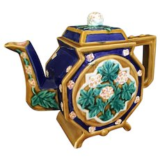 "Majolica Type Tea Pot from Seymour Mann 8"" tall"