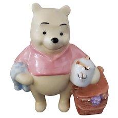 Lenox Classics Picnic with Pooh Longaberger Exclusive Figurine