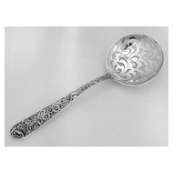 Repousse Pea Spoon S. Kirk & Son Sterling Silver 1925