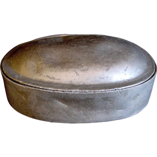 19th c. Ovoid Shaped and Hinged Victorian Pewter Snuff / Tobacco Box