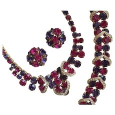 Sensational Vintage WEISS Parure - Fuchsia & Purple Rhinestones - Necklace Bracelet Earrings