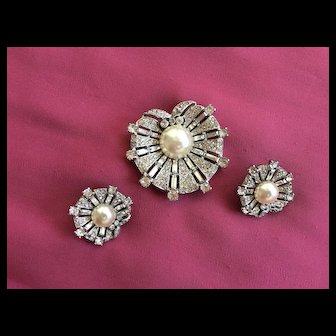 Magnificent Vintage CROWN TRIFARI Sterling Rhinestones Fur Clip & Earrings 1947 - Alfred Philippe