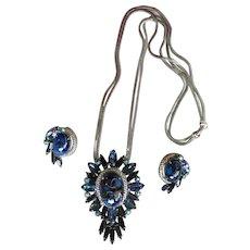 Glamorous Vintage D&E JULIANA Necklace Earrings - Large Blue Fluss Ovals