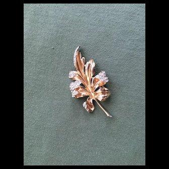 Elegant Vintage CROWN TRIFARI Leaf Fur Clip - Rhinestone Tips