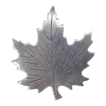 Vintage Sterling Maple Leaf Brooch