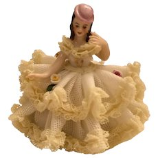 """Vintage Dresden Laced Lady Sitting 2 3/4"""" Tall"""