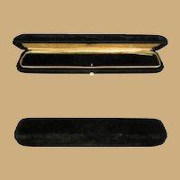 Victorian Velvet  Box, Bracelet Presentation, MOP Button