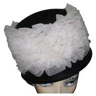 50's Black Velvet Hat / White Tulle, Vintage