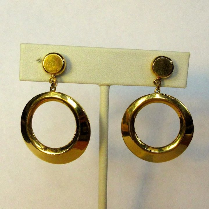 38e3ced38aa86 Vintage Hoop Earrings, Articulated Gold Toned, Crown Trifari 60's
