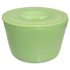 Vintage Jadeite Canister / Refrigerator Dish, Jeannette Glass, Round & Lid