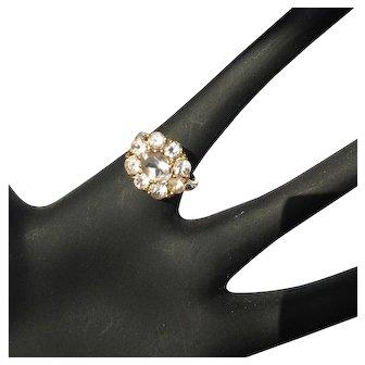 14K Flower Ring, Morganite, 3 cts. Vintage 80s