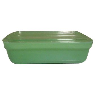 Fire King Jadeite Refrigerator Dish with Glass Lid