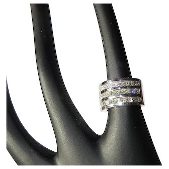 14K Diamond Ring, 2cts, Three rows of Square Cuts.  GIA