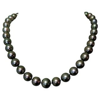 Tahitian Pearl Necklace, 14K & Diamond Clasp, Appraised