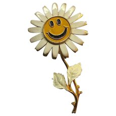 Smiley Face Daisy Pin, Vintage 60's, Enamel