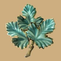 Vintage Leaf Pin / Brooch, Fall Autumn, 50's 60's