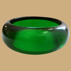 Bakelite Lime Juice Bangle Bracelet, Green Prystal, Art Deco 40's