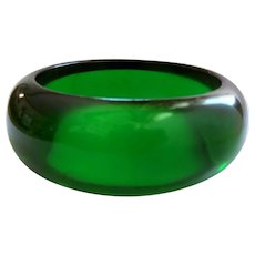 Bakelite Lime Juice Bangle Bracelet, Green Prystal, Art Deco 40's