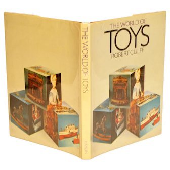 Book The World of Toys Antique Collecting
