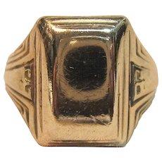 Art Deco Design Signet Ring in 10K Yellow Gold Circa 1930's