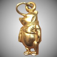 Mesmerizing Winnie The Pooh By Disney in 14K Yellow Gold