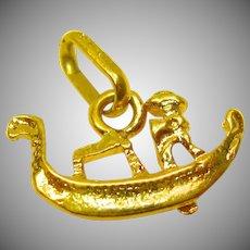 Charming 18K Yellow Gold Venetian Gondola Boat Pendant/Charm