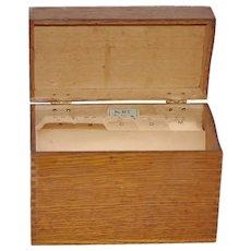 Lg Globe Wernicke Dove Tail File Box w File Tab Cards c1900-1940