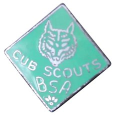 c.1948-68 Cub Scout Colar Lapel Pin