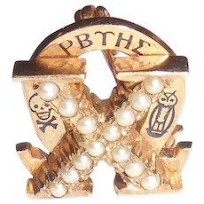Vintage 10K Gold Pearls Omega Chi Fraternity Pin Fraternal