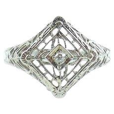 1930s Art Deco 14k White Gold Fancy Filigree Diamond Estate Ring 5.5