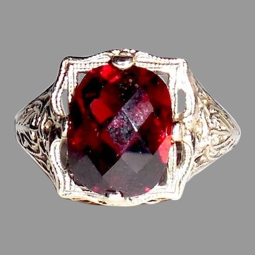 1920s Early Art Deco 14K White Gold Fancy Filigree Garnet Ring Size 7.5