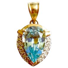 14K Yellow Gold 8.75 CTS Blue Topaz Diamond Pendant for Necklace