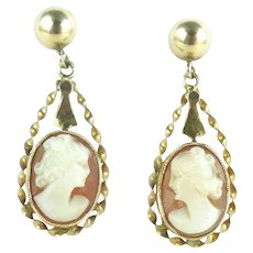 Mid Century 14k Gold Shell Cameo Earrings Pierced Screw Posts
