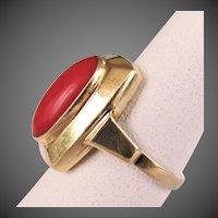 14K YG Dark Red Coral Ring Size 5 1/4