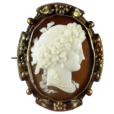 14K Victorian Hand Carved Shell Cameo Brooch