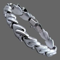 12.8 Grams, 14K WG Italian Bracelet