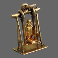 14K Man Swinging on Swing Movable Charm