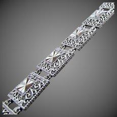 "7.6 Grams, 10K WG Filigree Panel Link Bracelet, 7 7/16"" Closed"