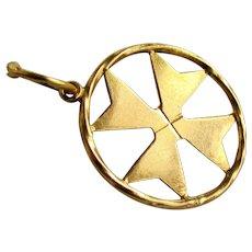 18K YG Maltese Cross Pendant / Charm
