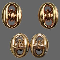 8.2 Grams, 18K YG Button Designed Earrings