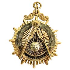 18 Grams, 14K YG Masonic Watch Fob for Past Master Mason 1942 - 1943