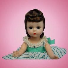 Madame Alexander-kins BKW brunette Doll DELIGHTFUL