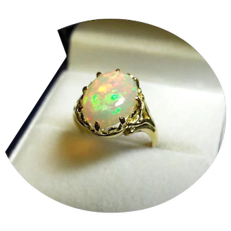 18k Yellow Gold Ring - FIERY WELO OPAL - Rainbow Colors - 2.66CT - Vintage Mtg. $570 USD
