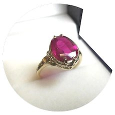 14k Ring - Padparadscha Sapphire - Raspberry - 4.65 Ct - Natural Gem - Vintage Yellow Gold