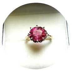 14k Ring - PINKY RED TOURMALINE - Natural Earth Gem - Vintage Yellow Gold Mounting