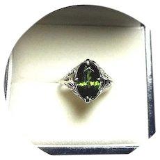 14k Ring - Lovely Natural Chrome Green ZIRCON - Vintage Art Deco - White Gold Filigree Mtg.