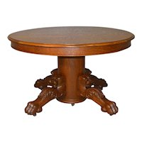 Round Oak Lion Head Claw Foot Banquet Table