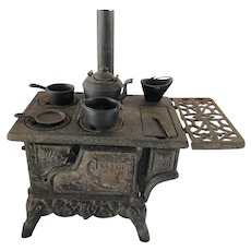 Vintage RESCENT Toy Cast Iron Wood Stove with GREYCRAFT Pots and Pans