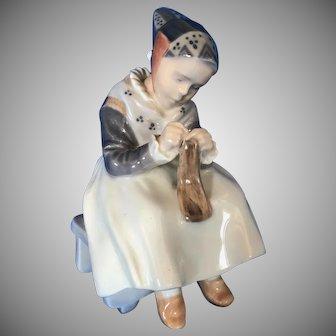 Vtg Royal Copenhagen Porcelain  Figurine Amager Girl Knitting Sewing, Number 1314